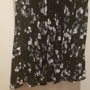 Banana Republic Dresses - Banana Republic Floral Dress 4